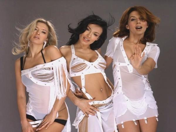 smotret-russkaya-semya-v-gruppovom-porno