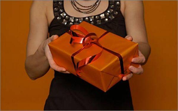 Подарок по почте что подарить