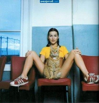 Dark haired girl Kirsten Plant is spreading her slim legs wide open № 1023653 бесплатно