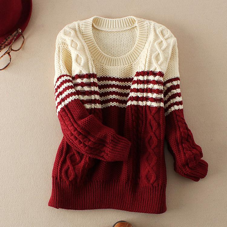 Модели двухцветных свитеров для вязания спицами