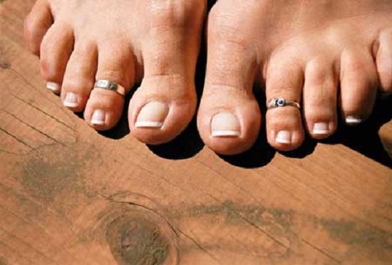 Бесплатное порно пальцев ног