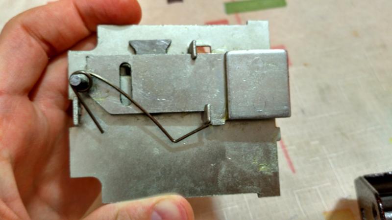 Как починить накладной замок своими руками