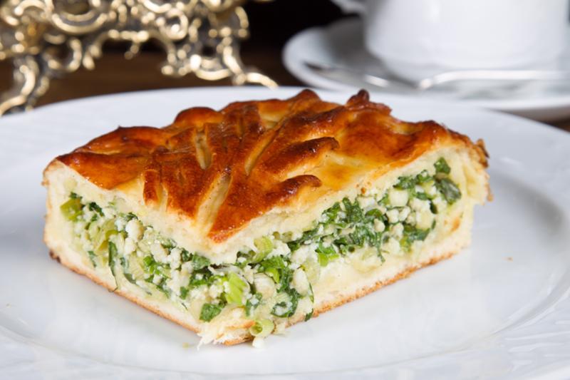 Пирожки с зеленым луком и яйцом начинка