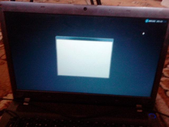 Почему экран темнеет на ноутбуке
