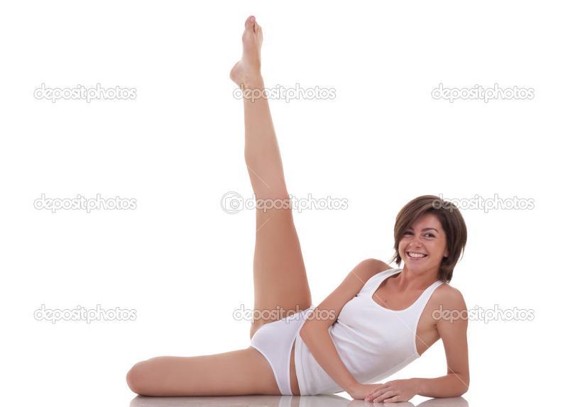 podnyala-nogu-i-pokazala
