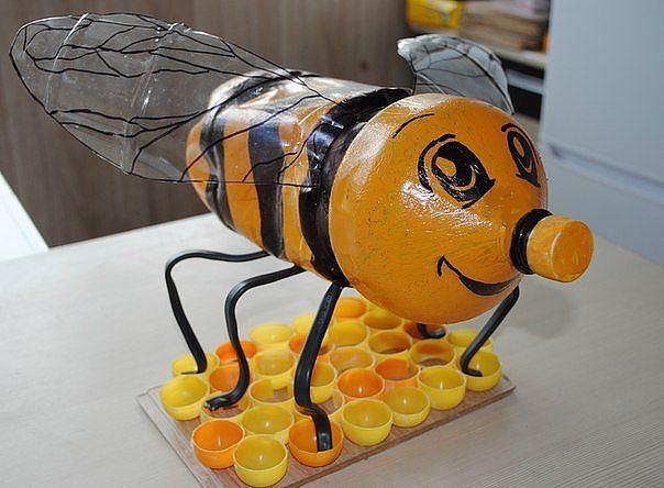 Пчелки своими руками из бросовых материалов