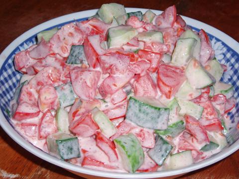Как сделать салат из помидор и майонеза 540