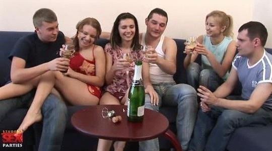 How do porn stars do anal