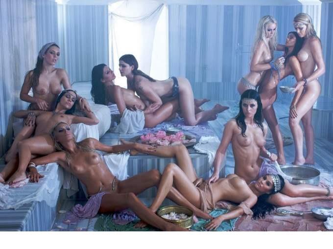 Эротические модели, знающие своё дело и хорошо его выполняющие - это девушк