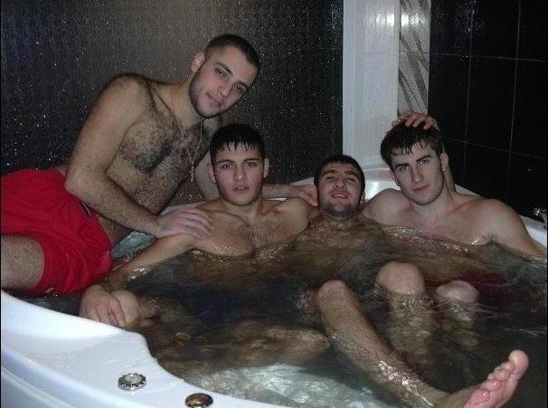 армянские парни голые фото