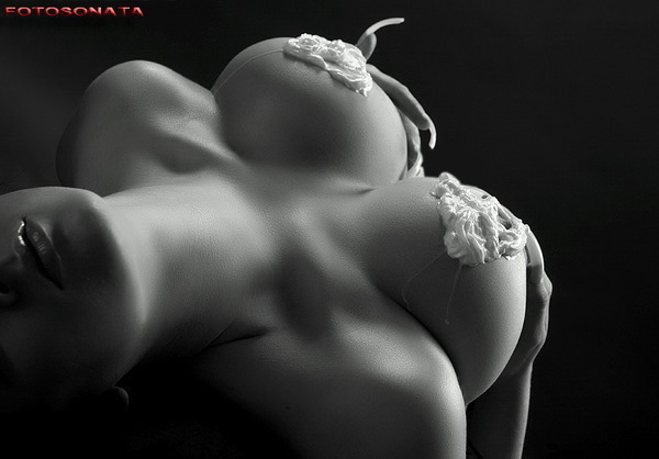 klubnika-i-erotika-na-foto