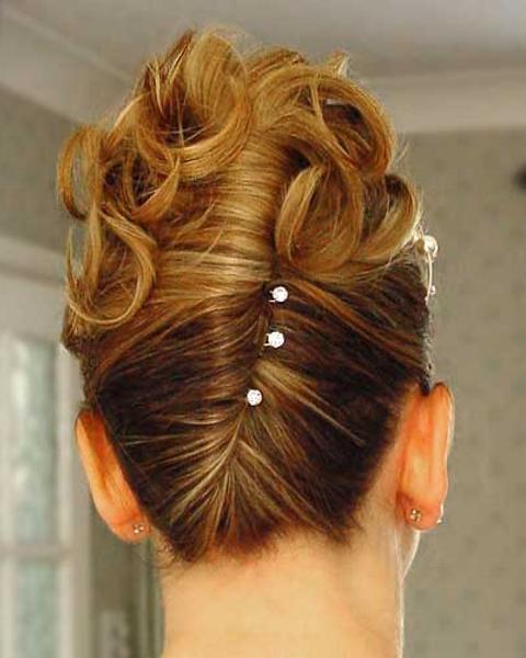 Прическа для полудлинных волос своими руками
