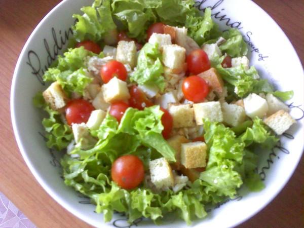 Салат цезарь с сухариками рецепт в домашних условиях