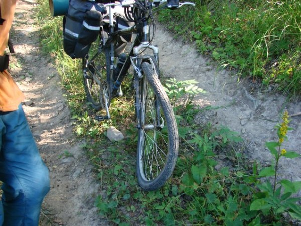 Удаление восьмерки на колесе велосипеда