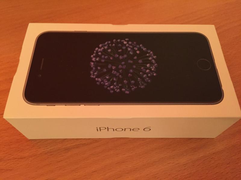 Почему разные коробки у айфона 6