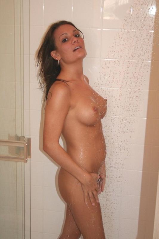chastnoe-foto-v-dushe