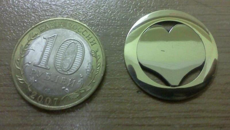 Ответы@Mail.Ru: Как сделать из десятирублёвой монетки кулон?