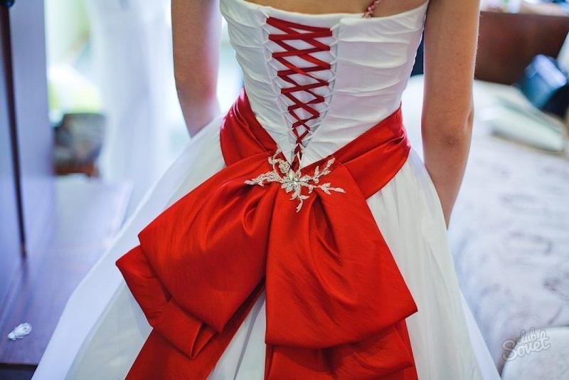 Пояс с бантиком на платье