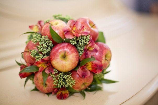Букеты из яблок фруктов своими руками