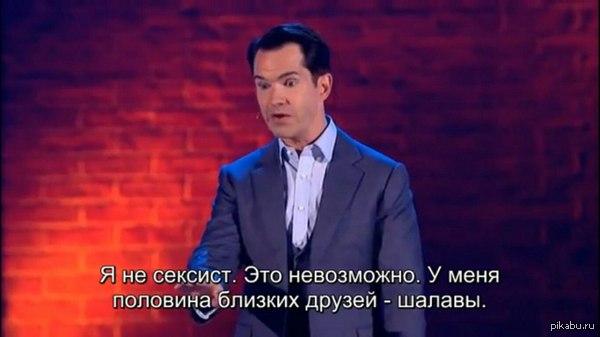 skritaya-kamera-porno-v-basseyne-massivnaya-sheya