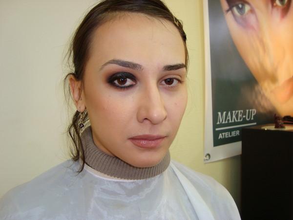 Как сделать глаза большими при помощи макияжа