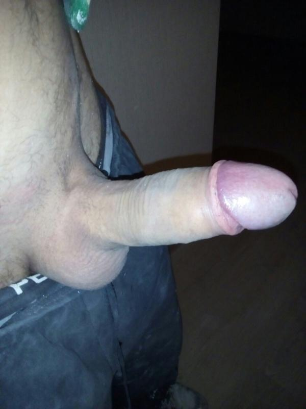 pokazivaet-penis
