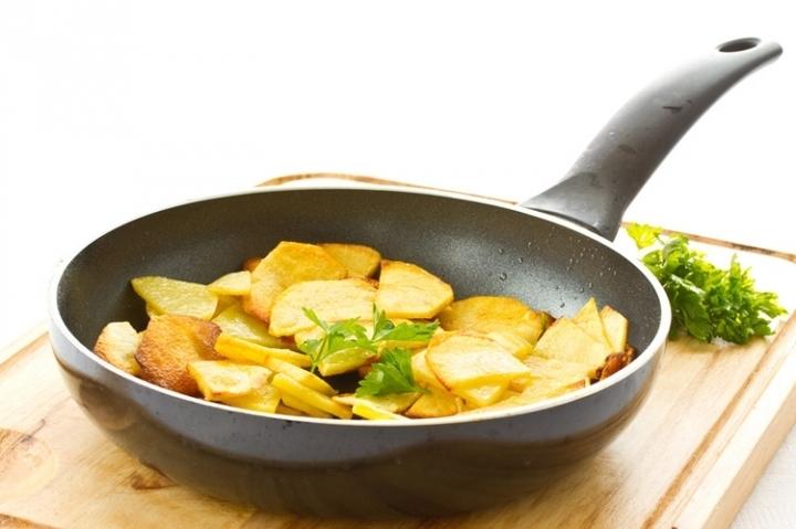 Как пожарить картошку как картошку фри в домашних условиях на сковороде