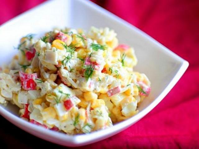 Салат с крабовыми палочками и капустой рецепт пошагово
