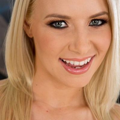 Sexy blonde babe Anikka Albrite washing man's balls in mouth № 1665528 без смс