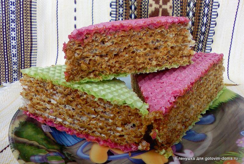 Торт из вафельных коржей со сгущенкой и фруктами