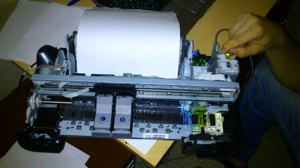 Печатает не на всю бумагу