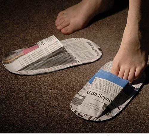 Тапки из газеты