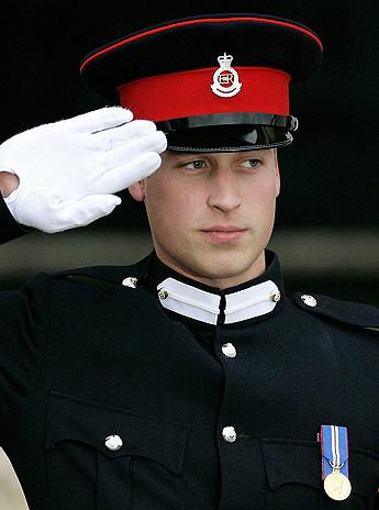 muzhchini-v-uniforme-kartinki