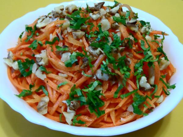 Приготовить салат из корейской моркови