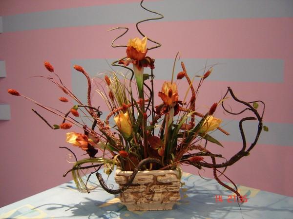 Икебана своими руками фото из искусственных цветов