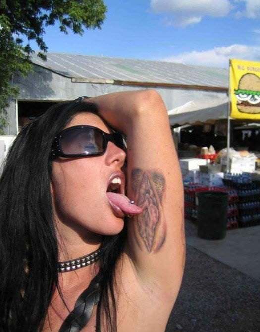 Mature woman with tattoos and pierced nipples jerks and sucks a cock № 1040909  скачать
