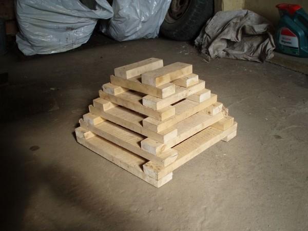Пирамида под машину