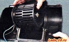 Как поменять моторчик печки на ваз 2110