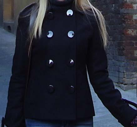 Как самому укоротить пальто