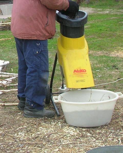 Измельчитель из газонокосилки своими руками 77
