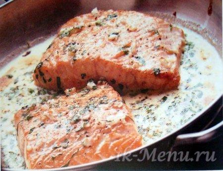 Красная рыба в духовке рецепты со сливочным соусом