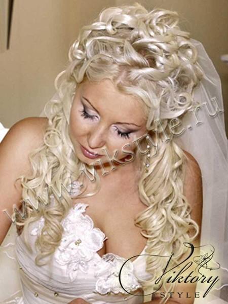 свадебная прическа на нарощенные волосы фото