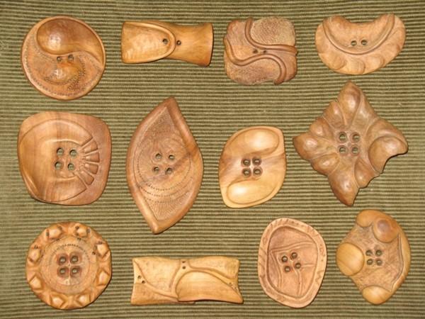 Как сделать деревянные пуговицы своими руками 10