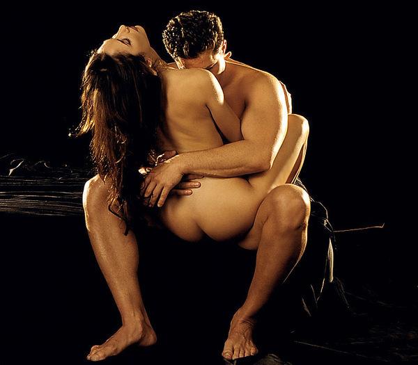 eroticheskiy-poza