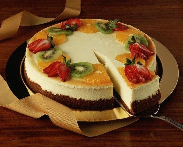 Торт лёгкий и вкусный с фруктами