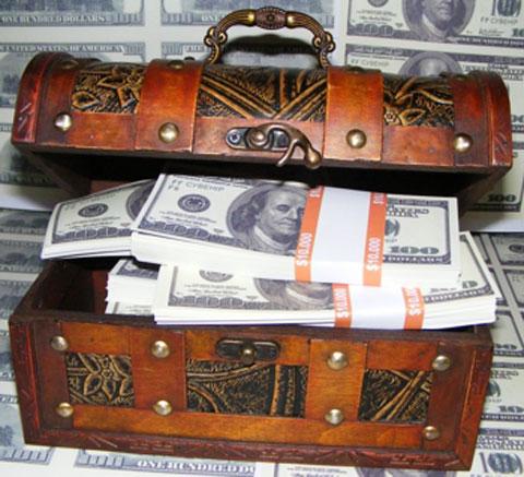 Поздравления дарим сундук с деньгами