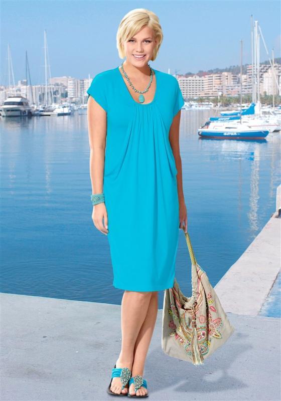 Платье для женщины 50 лет из трикотажа