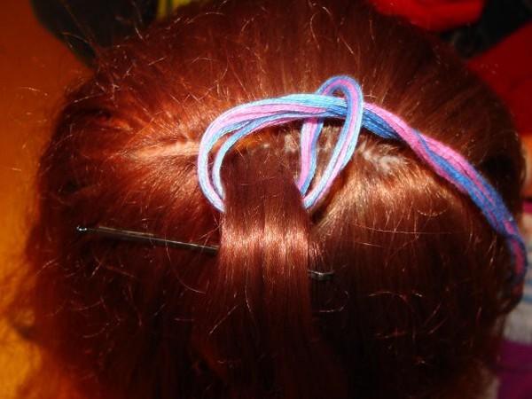 Ответы@Mail.Ru: Как вплетать расточку в волосы