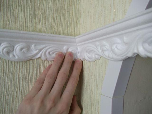 Как сделать потолочный бордюр своими руками