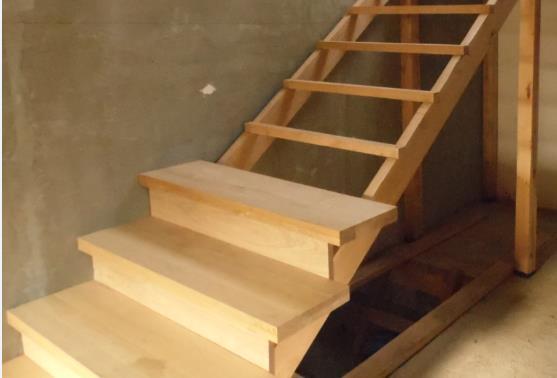 Ступени для деревянной лестницы